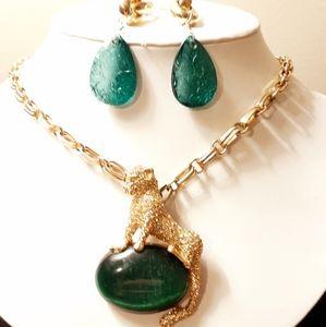 Beautiful Marciano Jewelry Set!